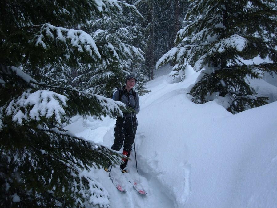 Yellowjacket Cross Country Skiing
